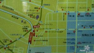 Ein Foto einer öffentlichen Karte am Bahnhof.