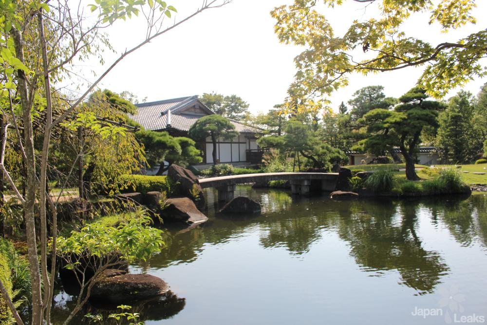 Ein See im Garten Kokoen