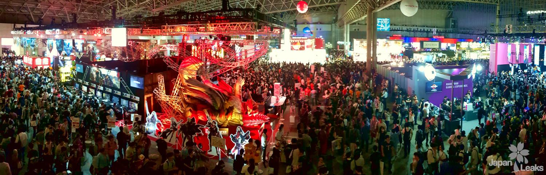 Foto in einer Halle der Tokyo Games Show mit vielen Besuchern und Otaku