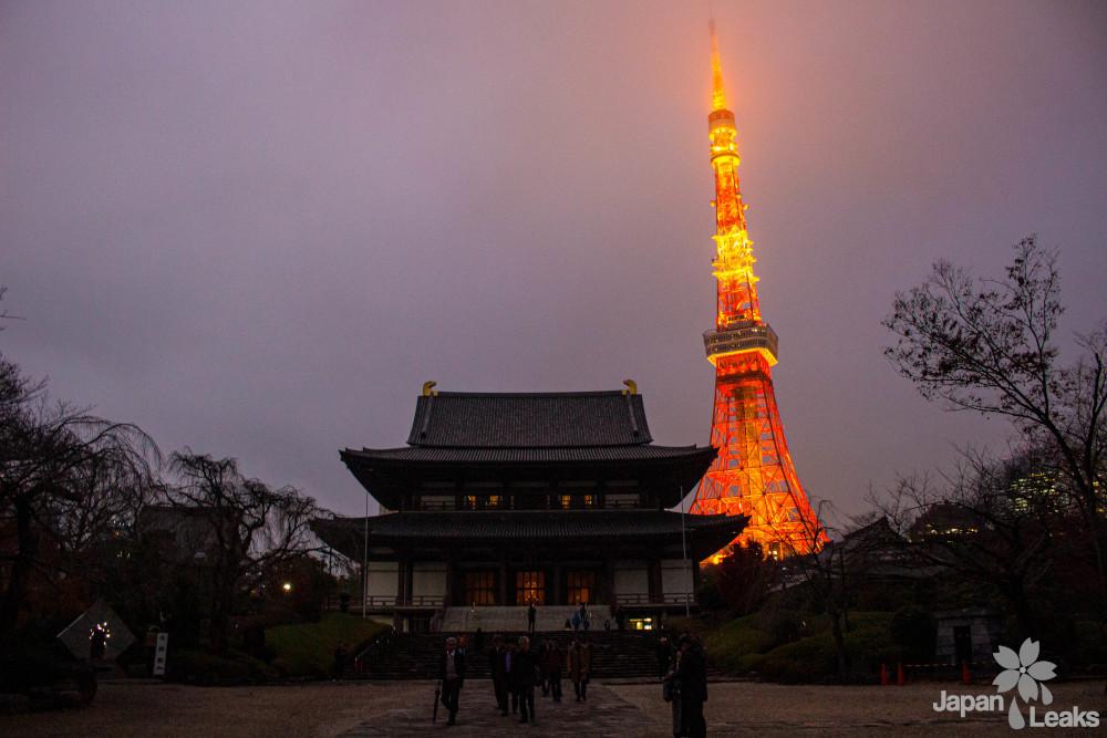 Tokyo Tower Winterfarben